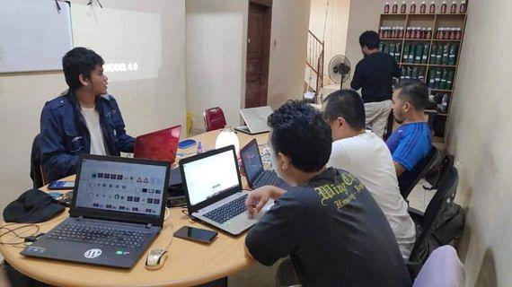 Training Bisnis Model Bisnis Online dengan Management PAZ