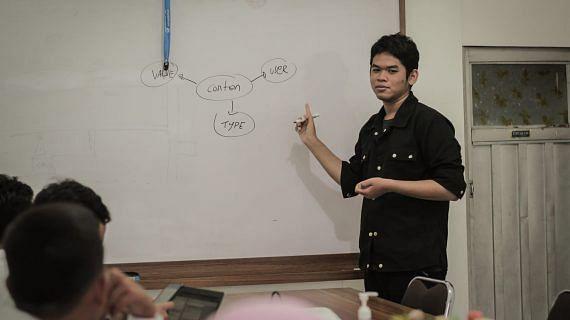 Training Strategi Konten Marketing bersama Management Solo peduli